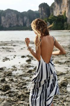 Beachwear. Dress. Black & White. |Repinned by www.borabound.com