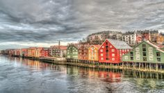 Trondheim wooden houses, most beautiful places in norway Norway Travel Guide, Travel Tips, Travel Ideas, Travel Destinations, Landscape Photography, Nature Photography, Trondheim Norway, Visit Norway, Voyage Europe