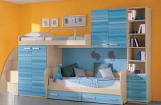 Двухэтажная кровать с полками и шкафчиком