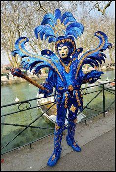 The Avengers - Blue Iris Venice Carnival Costumes, Venetian Carnival Masks, Carnival Of Venice, Costume Carnaval, Samba Costume, Costume Venitien, Venice Mask, Creative Costumes, Beautiful Mask