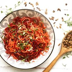 Beetroot and Carrot salad with cumin dressing and salted sunflowerseeds #spiralizer #organic #vegetables #veggiepicking #recipe #fresh #delicious #healthy #cleaneating #healthy #vegetarian #vegan #foodie #foodporn #wintersalad #rootveggies #eatwell #feelwell