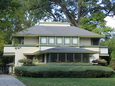 J. Kibben Ingalls House. 1909. River Forest, Illinois. Frank Lloyd Wright. Prairie Style.