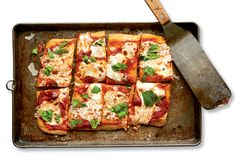 14 Delicious Meals in Less Than 30 Minutes  http://www.runnersworld.com/recipes/14-delicious-meals-in-less-than-30-minutes?cid=soc_Runner's%2520World%2520-%2520RunnersWorld_FBPAGE_Runner%25E2%2580%2599s%2520World__Recipes