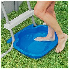 Cut down on your pool cleaning with the Intex Pool Foot Bath. Intex Pool Foot Bath for Pools. Easily connects to all Intex ladders. Anti-slip bottom designed for safety. or Other as the topic to avoid inadvertently opening a case. Piscina Intex, Piscina Diy, Above Ground Pool Landscaping, Backyard Pool Landscaping, Above Ground Pool Decks, Landscaping Ideas, Pergola Ideas, Luxury Landscaping, Small Backyard Pools