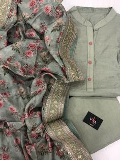 New arrivals in Salwars – VIKA Boutique Simple Kurta Designs, Stylish Dress Designs, Kurta Designs Women, Designs For Dresses, Stylish Dresses, Salwar Designs, Simple Pakistani Dresses, Pakistani Dress Design, Designer Party Wear Dresses