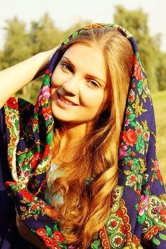 Russian fashion style. ============================= profgasparetto / eagasparetto / Dom Gaspar I ================================== www.profgasparetto21.wordpress.com ================================== https://independent.academia.edu/profeagasparetto ================================== search various google.ca / photobryght.ru / phyll-soun.uk / tumblr.com / pinterest.com / flick.com