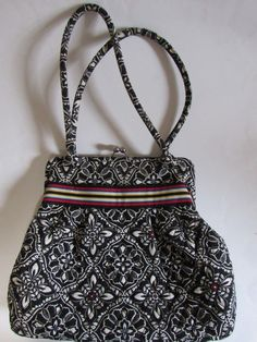 dfc2d35f91 Vera Bradley Handbag Black White Mod Floral Medium Size Pockets GRUC   VeraBradley  ShoulderBag Vera