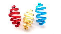 Deko-Objekte - 3 Zapfen, Baumschmuck in Ihren Wunschfarben - ein Designerstück von Modeschmuckstuebchen-Andrea bei DaWanda
