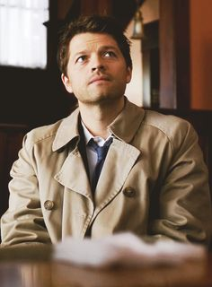 Misha Collins as Castiel in Supernatural Supernatural Destiel, Supernatural Series, Supernatural Demon Dean, Michael Supernatural, Supernatural Fanfiction, Misha Collins, Dean Winchester, Fandoms, Jared Padalecki