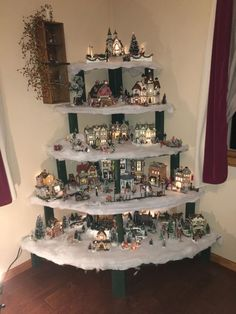 weihnachten wohnzimmer Awesome DIY Christmas Decorations on a Budget - Christmas Village Display Christmas Flower Decorations, Creative Christmas Trees, Christmas On A Budget, Christmas Home, Christmas Holidays, Christmas Mantles, Victorian Christmas, Christmas Design, Christmas Projects
