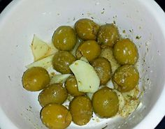 I grabbed a Delicious   #Quick and easy #Snack MARINATED OLIVES #Healthy #Salad #Snack/Teatime