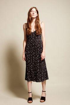 В винтажном стиле: 17 платьев №6, которые никогда не выйдут из моды | Журнал GraziaMagazine