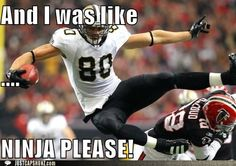 Jimmy Graham Photos - Jimmy Graham of the New Orleans Saints is tackled by Barrett Ruud of the Tampa Bay Buccaneers at the Louisiana Superdome on January 2011 in New Orleans, Louisiana. - Tampa Bay Buccaneers v New Orleans Saints Nfl Memes, Football Memes, Sports Memes, Sports App, Football Love, Nfl Football, Funny Nfl, Jimmy Graham, New Orleans Saints Football