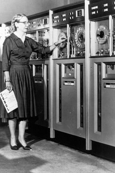"""Dr Grace Murray Hopper, a rear admiral in the US navy, was also a computer scientist who invented COBOL, """"the first user-friendly business computer software program"""". She was also the first person to use to term """"bug"""" to describe a glitch in a computer sy Steve Jobs, Les Inventions, Alter Computer, Computer Art, Computer Programming Languages, Rear Admiral, Rare Images, Old Computers, Learn To Code"""