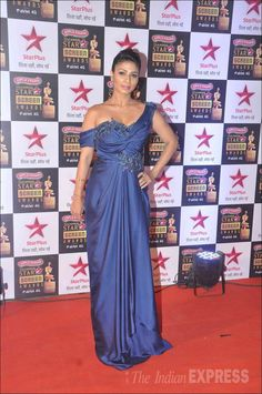 Tanisha Mukherjee Picture Gallery image # 328066 at Star Screen Awards 2015 containing well categorized pictures,photos,pics and images. Star Awards, Ranveer Singh, Green Carpet, Sonam Kapoor, Will Turner, School Design, Picture Photo, Backless, Gowns
