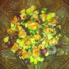 Waldorf saláta recept csirkével Fruit Salad, Vegetables, Food, Fruit Salads, Essen, Vegetable Recipes, Meals, Yemek, Veggies