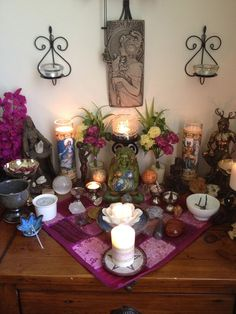 beautiful pagan altar inspiration and ideas Wicca Altar, Wiccan, Pagan Witchcraft, Meditations Altar, Home Altar, Meditation Space, Beltane, Book Of Shadows, My New Room