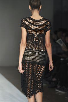 A Détacher at New York Fashion Week Spring 2010 (Details)