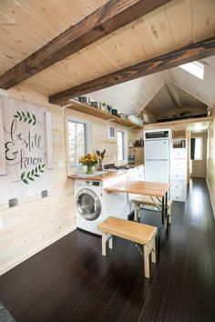 Washer/dryer in kitchen | Pull-out table | Exposed beams
