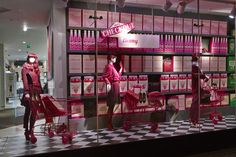 Berry pinks, a trend for A/W #VM #design