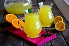 1 orange 1 lemon with Let's Lemonade :) Juice Smoothie, Smoothies, Turkish Recipes, Summer Drinks, Hurricane Glass, Sweet Recipes, Beverages, Brunch, Food And Drink