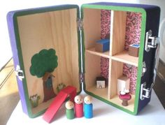 Great idea for a mobile Dollhouse