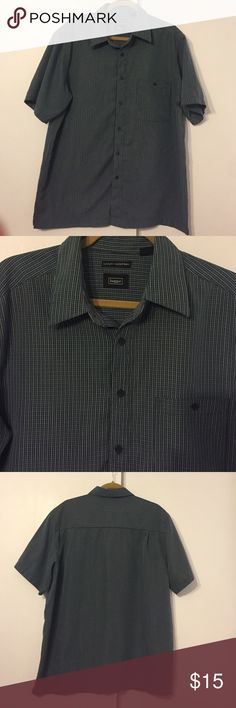 Men's large button down shirt Blue button down in excellent condition. No stains,tears, rips or missing buttons. Front chest pocket. haggar Shirts Casual Button Down Shirts