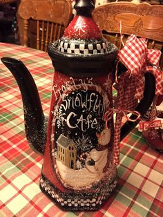 Painting Metal, Bottle Painting, Snowman Decorations, Christmas Decorations, Christmas Ornaments, Christmas Tea, Primitive Christmas, Christmas Projects, Holiday Crafts