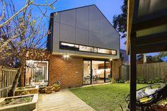 Gallery of Monolith House / Rara Architecture - 8