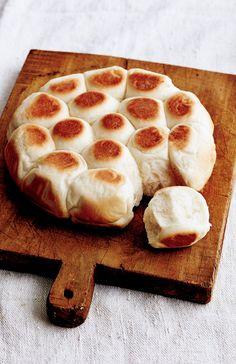 大人気の「ちぎりパン」が、フライパンひとつ、約70分で作れます。【オレンジページ☆デイリー】料理レシピをはじめ、暮らしに役立つ記事をほぼ毎日配信します!
