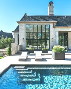 Stunning French style house with a rectangular pool in the bottom . - Wonderful Home Design and Project Style At Home, French Style Homes, Dream House Exterior, Dream House Plans, My Dream Home, Rectangular Pool, French Architecture, Architecture Quotes, Home Fashion