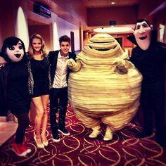 "selena gomez hotel transylvania movie photos   ... Justin Bieber and Selena at ""Hotel Transylvania"" Movie Premiere in LA"