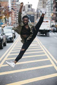 Stunning Dance Photography by Melika Dez – Fubiz Media Street Dance Photography, Modern Dance Photography, Movement Photography, Dancer Photography, Color Photography, Boris Vallejo, Royal Ballet, Dance Art, Ballet Dance