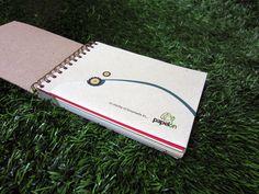 Agendas Papelón 2013, hechas con dulzura venezolana! en papel reciclado y cartón recuperado. www.estagenial.com - www.facebook.com/estagenial - @Está Genial
