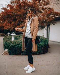 Legging Outfits, Black Leggings Outfit, Outfit Ideas With Leggings, Sneakers Fashion Outfits, Winter Fashion Outfits, Fall Winter Outfits, Sneaker Outfits, Casual Winter, Spring Outfits