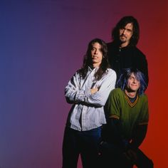 Blue haired Kurt w/ Dave and Krist.