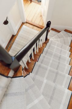 Best 8 Best Plaid Stair Runners Images In 2020 Home Carpet 640 x 480