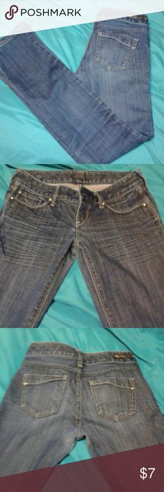 """Express Straight Leg Jeans 98% cotton 2% spandex. Straight leg fitted jeans. Medium-wash.  30"""" inseam. Free gift with purchase! Express Jeans Straight Leg"""