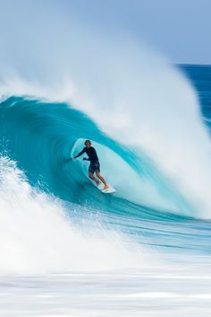 In Session - John Florence may have been born with incredible surf talent, but he had to learn how to compete.
