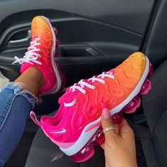 "ceab49588e سايه شريلو🌹 on Instagram: ""Nike VaporMax plus are legit my favorite🔥😩"