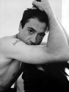 Robert Downey Jr..