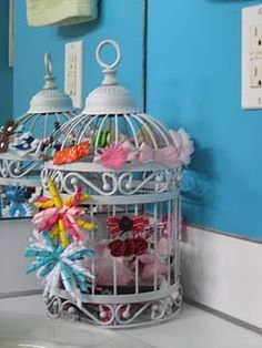 Birdcage Hairbow Holder, I will have to remember this one if we get a little girl