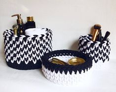 Crochet baskets - Black & white- Set of 3