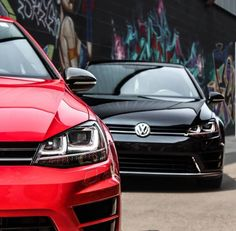 Expected for the next Frankfurt Motor Show, the new BMW can already be seen on the net and from all angles. Vw Golf R Mk7, Volkswagen Golf R, Golf Gtd, New Porsche, Bmw X6, New Bmw, Car Photography, Car Photos, Golf Clubs