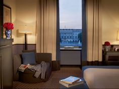 Best International Cities for Business Travelers: Readers' Choice Awards 2014 - Condé Nast Traveler