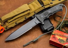 """Chris Reeve Knives: Green Beret 5.5"""" Fixed Blade Knife S35vn 55-57RC"""