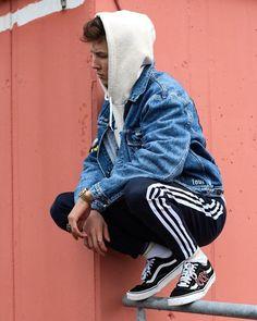 8 Unique Tips AND Tricks: Urban Fashion Photography Outfits women's urban fashion all black.Urban Fashion Photography New York urban fashion streetwear nike.Urban Fashion Show Spring Summer. Urban Dresses, Urban Outfits, Mode Outfits, Fashion Outfits, Fashion Shoot, Fashion Ideas, Fashion Trends, Fashion Quotes, Streetwear Mode