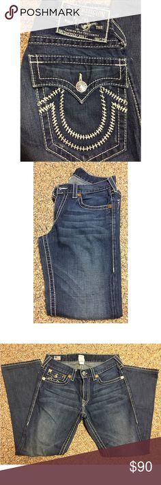 Men's True Religion Jeans Only worn a couple of times. Perfect condition!  ✨ All items are from a smoke free home ✨  📌 No Trades 📌 Open to offers 📌 Check out my closet, I have tons of different brands for men & women + some NWT items! True Religion Jeans Relaxed