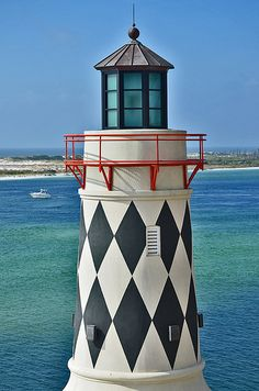 Florida,Lighthouse -- the top of a restaurant in Destin Fl? Beacon Of Hope, Beacon Of Light, Light In The Dark, Lighthouse Lighting, Lighthouse Pictures, Grands Lacs, Tall Ships, Architecture, Beautiful World