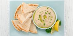 Hummus and pita bread is the best. Healthy Crockpot Recipes, Healthy Eating Recipes, Beef Recipes, Healthy Snacks, Vegetarian Recipes, Cooking Recipes, Hummus Benefits, Health Benefits, Avacado Dinner
